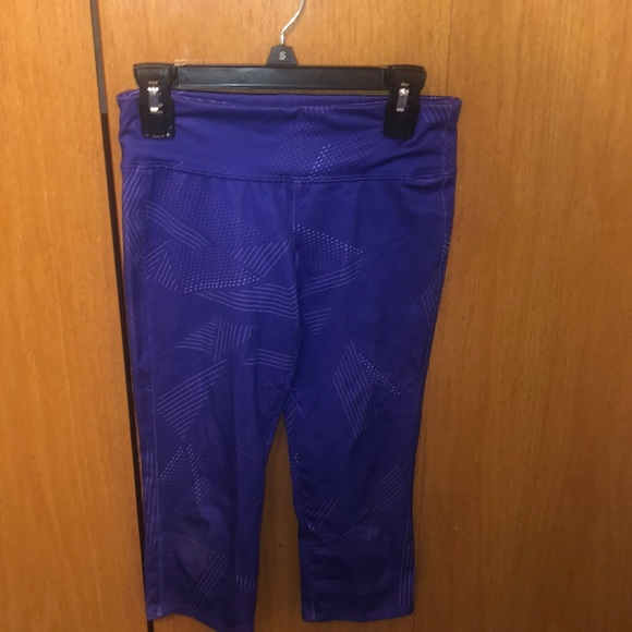Old Navy Other - Purple girls active capris